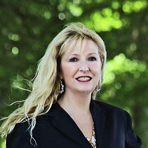 Photo of Linda Watson