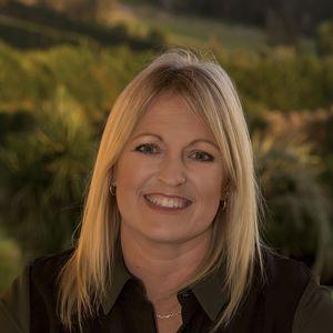 Photo of Kelly Sackfield